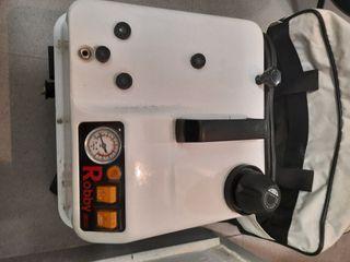 vaporeta Robby 3000 con plancha y accesorios