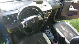Toyota iQ 2010