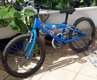 Bicicleta infantil de niño azul ligera de 20 pulga