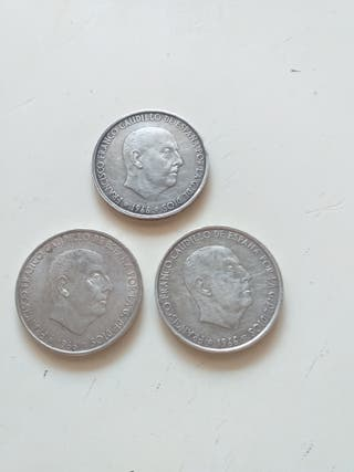 3 monedas de 100 pesetas de plata a 8 € cada una