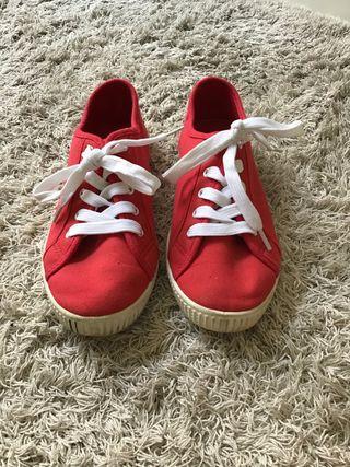 Zapatillas rojas mujer
