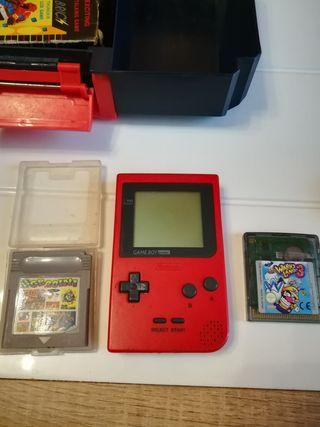 Game Boy Pocket con dos juegos y funda