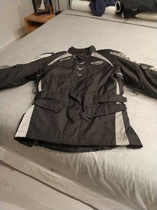 chaqueta para moto marca bering