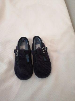 Zapatillas de casa pana azules