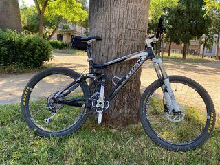 "Bicicleta Trek ex fuel 8 mejorada de 26"""