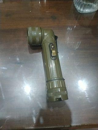 linterna del ejército