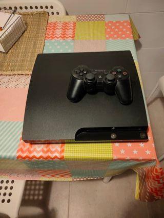 PlayStation 3 con un mando