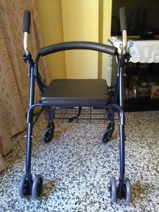Anadador con ruedas . asiento y cestilla auxiliar