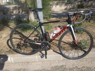 bicicleta de carbono Giant TCR Advanced 2