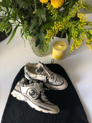 Sneakers Chanel original