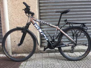 Bicicleta ciclomontaña Scott