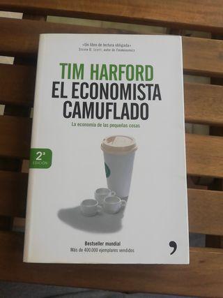 El economista camuflafo