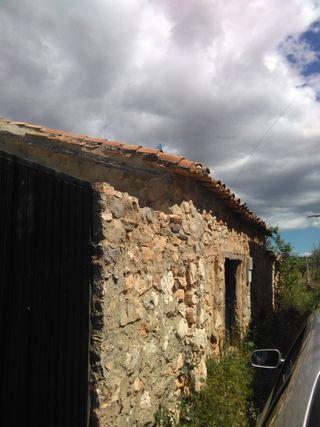 PARCELA CON CONSTRUCCION