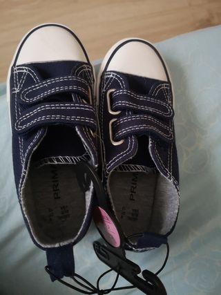 Zapatillas niñ@ lona. A estrenar.