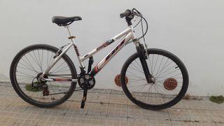 """Bicicleta montaña mujer BH 26"""" Talla S M"""