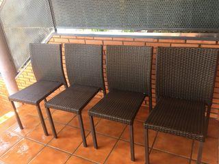 4 sillas de ratan color chocolate
