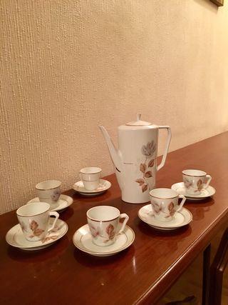 Juego café porcelana años70