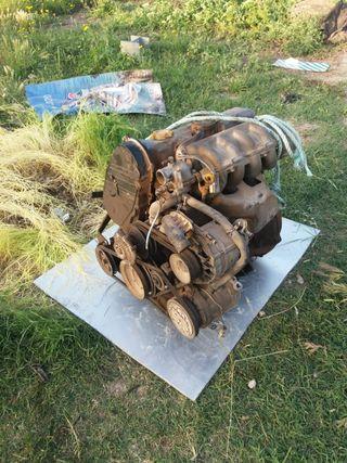 motor de coche Nissan