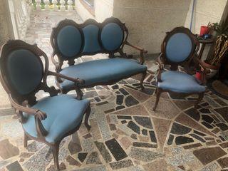 Conjunto sofá isabelino y dos sillones
