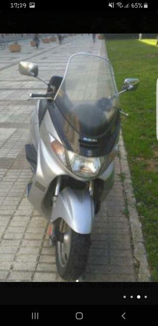 Suzuki Burgman An 250 cc (Año 2001)