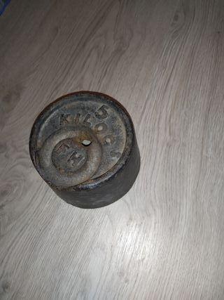 Pesa de 5 kg antigua