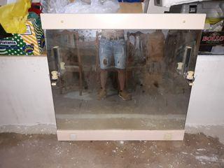 espejo de madera de 1'05cm de largo por 1m de alto