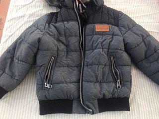 Abrigo niño H&M talla 4/6 años