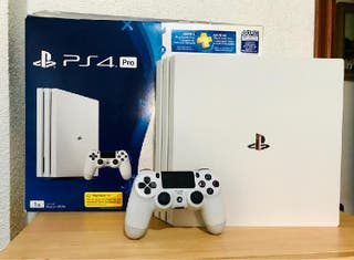 PlayStation 4 Pro blanca