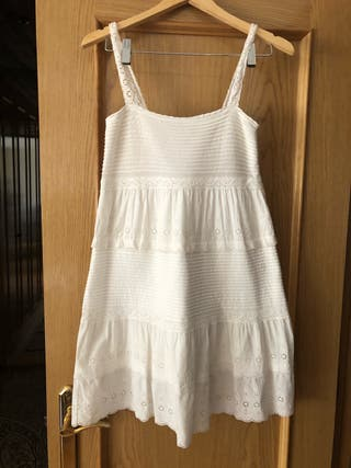 Vestido blanco bordados corto Massimo Dutti