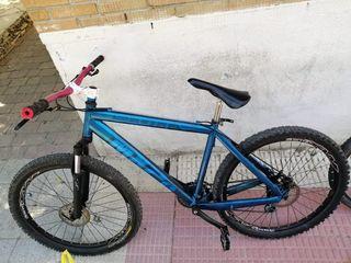 BICICLETA SCOTT MX20