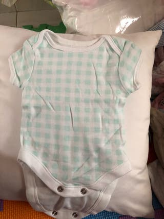 Ropa bebé 0-3 meses. Se hacen lotes