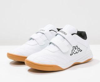 Zapatos NUEVOS Kappa talla 33