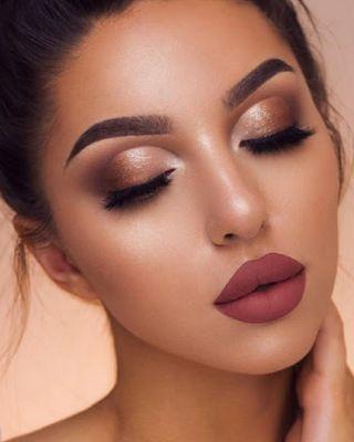 Maquillaje,Diseño de cejas & Manicura