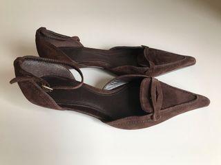 Zapatos Zara color marrón num.37