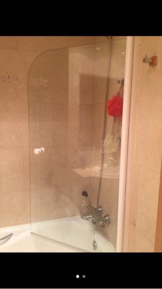 Mampara de cristal baño