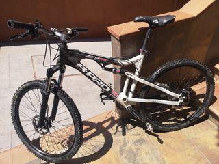 Bicicleta doble suspensión enduro b-pro