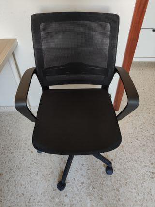 Silla escritorio ruedas con menos de 1 año