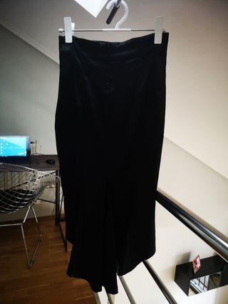 Falda lápiz de fiesta en seda negra