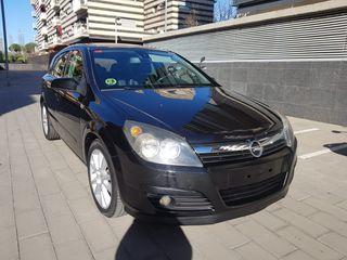 Opel Astra 1.9 cdti 150 cv