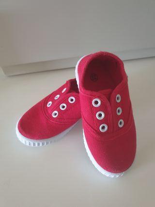 zapatillas estilo Victoria rojas