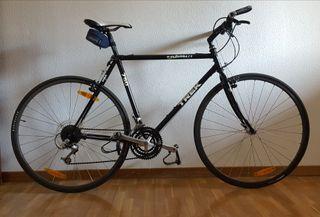 Bicicleta híbrida TREK 750