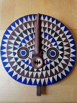 Gran Máscara Africana