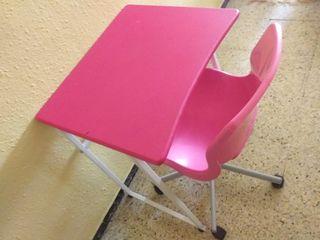 Mesa escritorio + silla (rosa)
