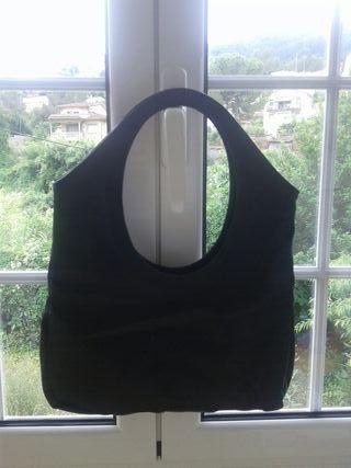 bolso negro asas pequeñas