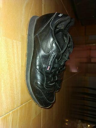 zapatillas Reebok negras