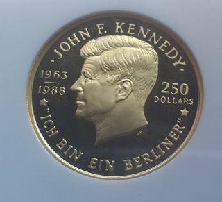 MONEDA DE ORO.JHON F.KENNEDY.NIUE 250$ PROOF.NGC.