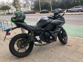 Ninja 650 gris