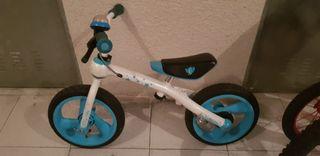 bicicleta sin pedales imaginariun