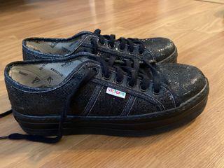 Zapatillas victoria negras brillantes