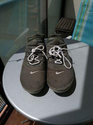 Nike presto green colorway